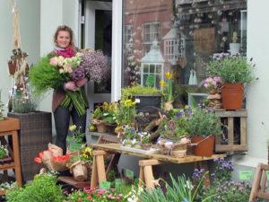 Yvonne Schmidtkes BlumenReich finden Kunden in Greifswald in der Fleischerstraße 4. Laut Yvonne Schmidtke nicht die beste Lage in der Stadt, aber die Mund zu Mundpropaganda beschert ihr immer mehr Kunden. Foto: Grit Gehlen