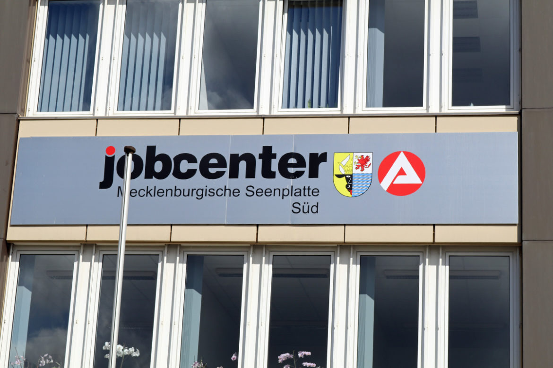 Arbeitslosigkeit, Arbeitsmarkt